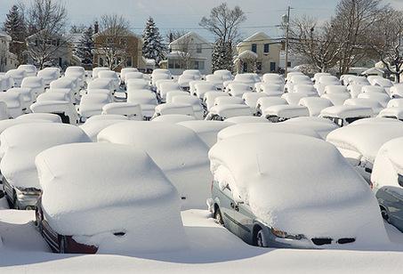 car-auto-insurance-snow-storm